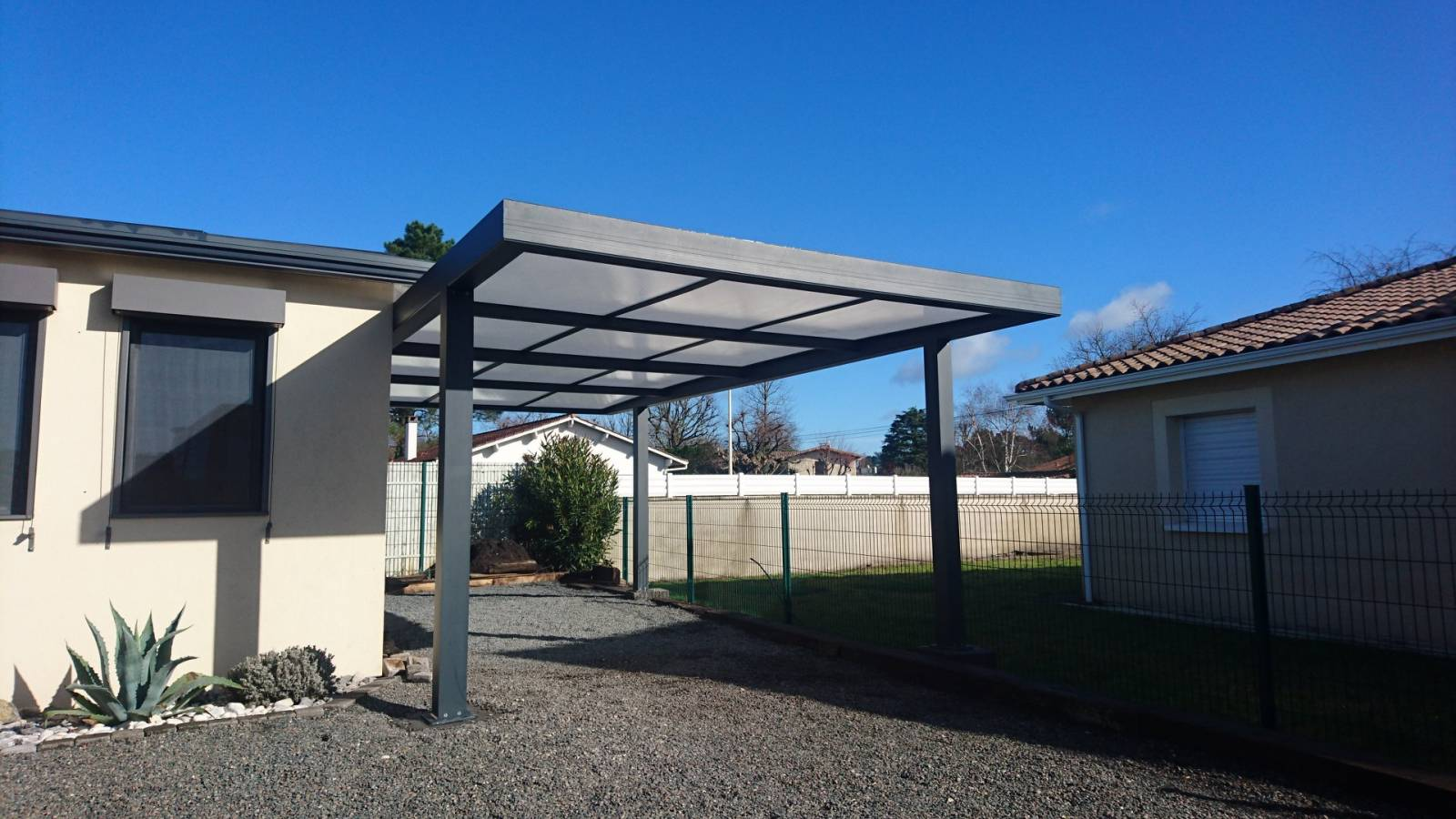carport abri voiture sur mesure toiture plate perspective v randa. Black Bedroom Furniture Sets. Home Design Ideas