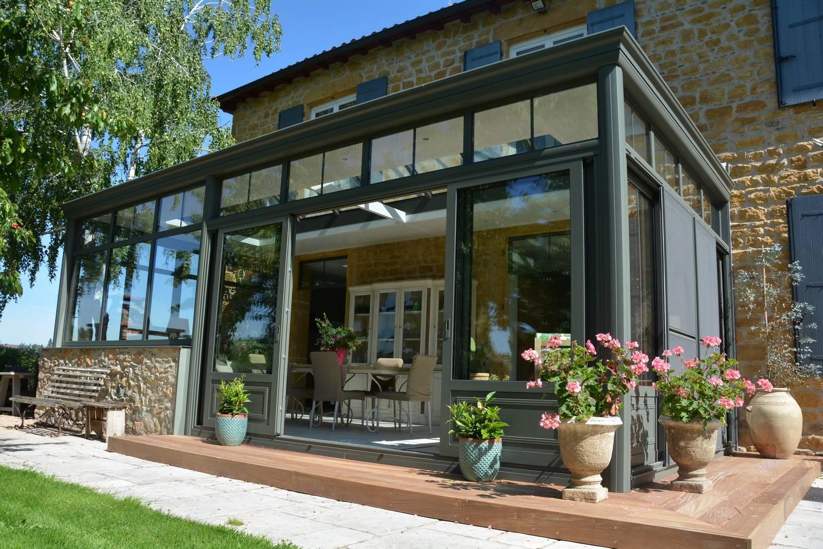 Aménagement espace extérieur terrasse bois et composite dans le Nord Ouest Lyonnais et dans l ...