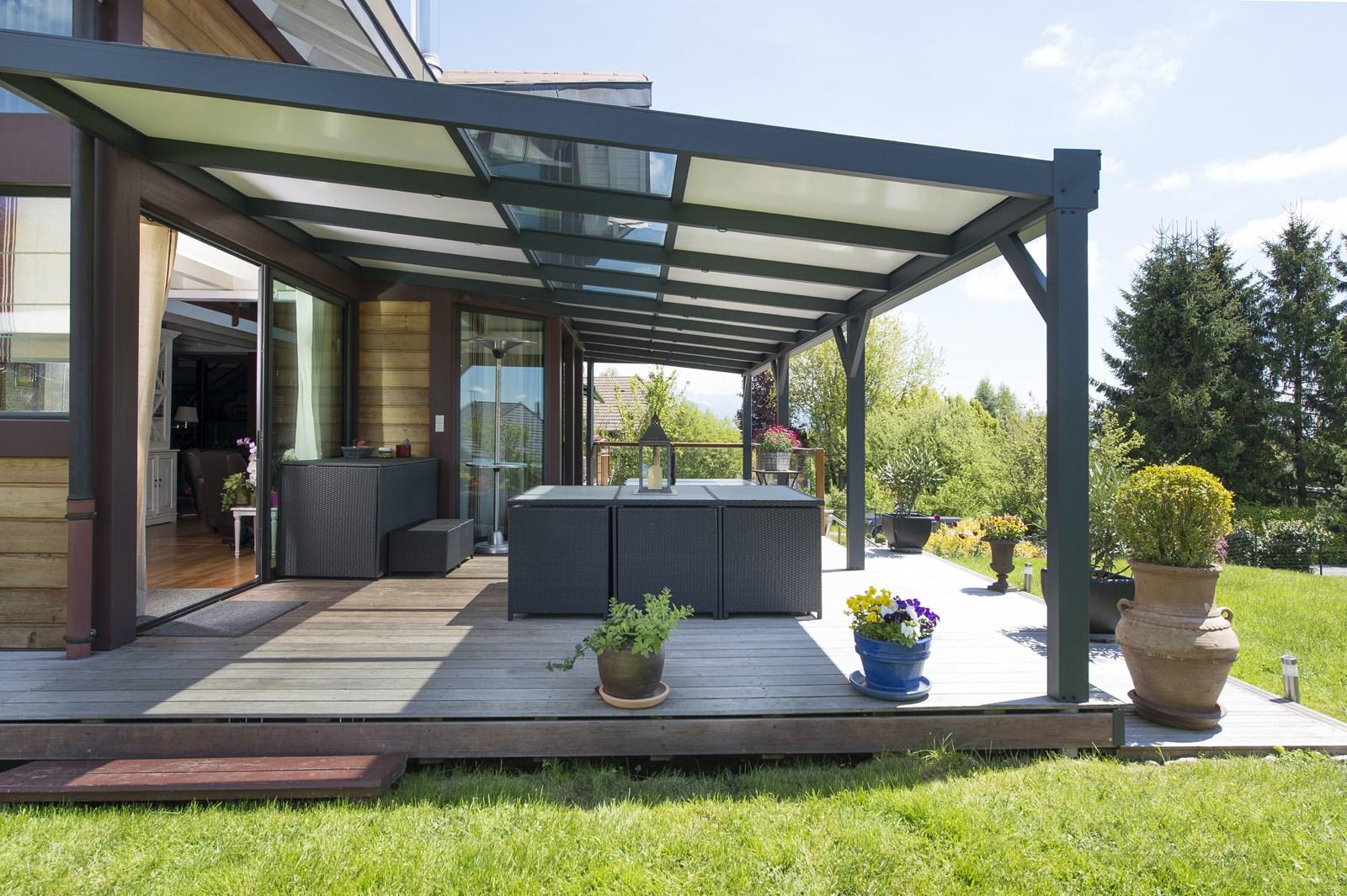 Abri Veranda Pour Spa votre pergola en aluminium réalisée sur-mesure dans le rhône