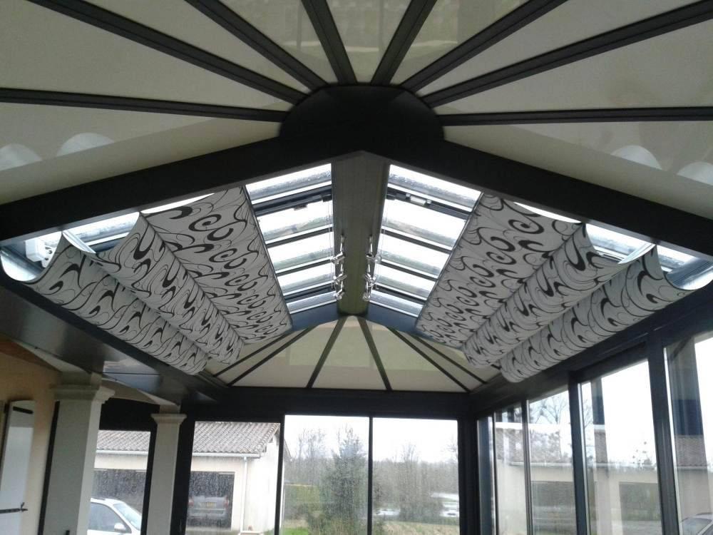 Store intérieur de toiture Anti-chaleur à Lyon - Perspective Véranda