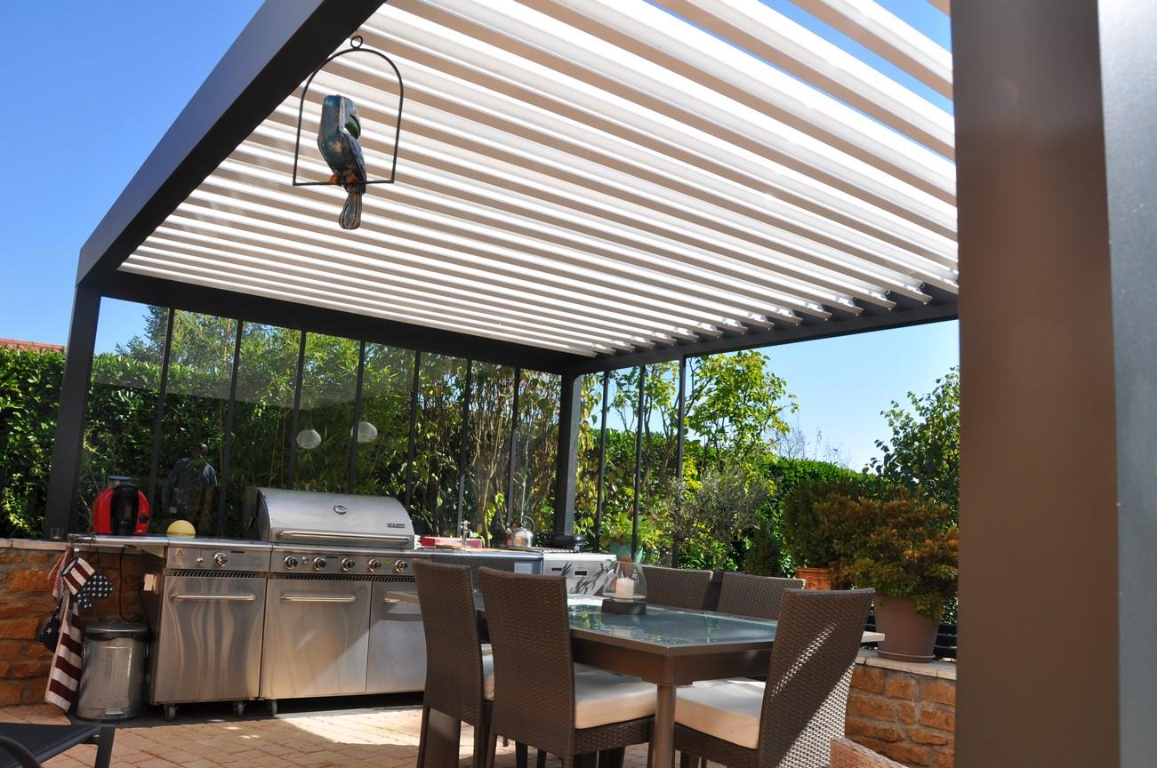 pergolas bioclimatiques perspective v randa. Black Bedroom Furniture Sets. Home Design Ideas